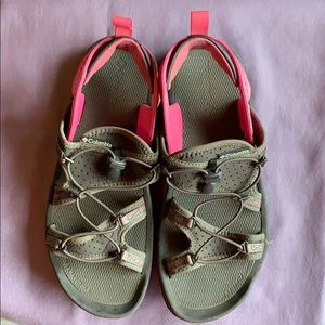 Columbia sandals Kaweah style size 9
